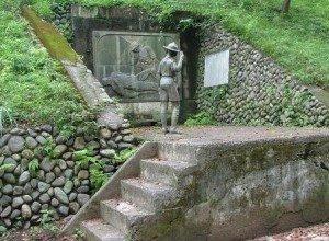 Curiosidades Edelweiss – Monumento al Scout desconocido…(sigue…)
